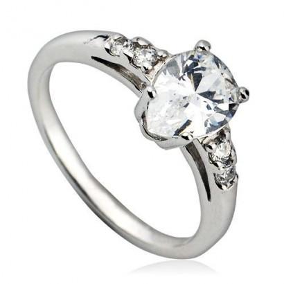 Stříbrný prsten se zirkony (2,41 g, 52)
