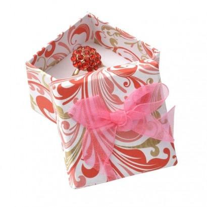Dárková krabička na prsten s růžovou mašlí