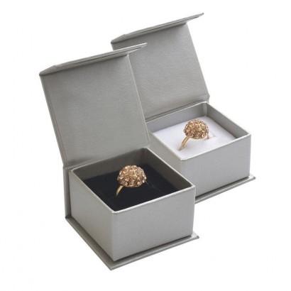 Dárková krabička na prsten stříbrná, magnetické zavírání