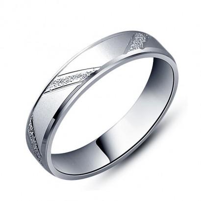 Dámský stříbrný prsten šíře 3 mm, vel. 52