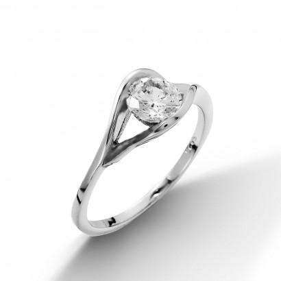 Stříbrný prsten se zirkonem (2,14 g, 58)