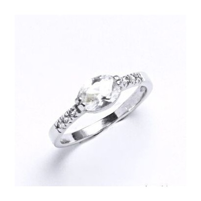 Stříbrný prsten se zirkonem (1,6 g, 51)
