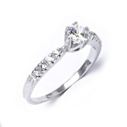 Stříbrný prsten se zirkony (1,89 g, 52)