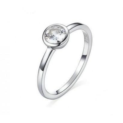 Stříbrný prsten se zirkonem vel. 52